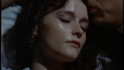 Margot Kidder nel film di Brian De Palma Le due sorelle