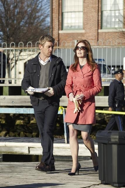 Nicholas Bishop e Dana Delany nel pilot della serie Body of Proof