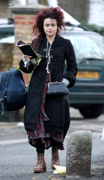 Helena Bonham Carter fa commissioni nel nord di Londra