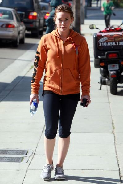 Hilary Duff esce dal Neiman Marcus di Beverly Hills