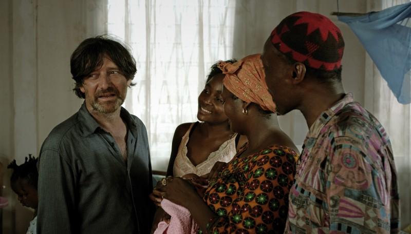 Una sequenza del film Sleeping Sickness, presentato in concorso a Berlino 2011