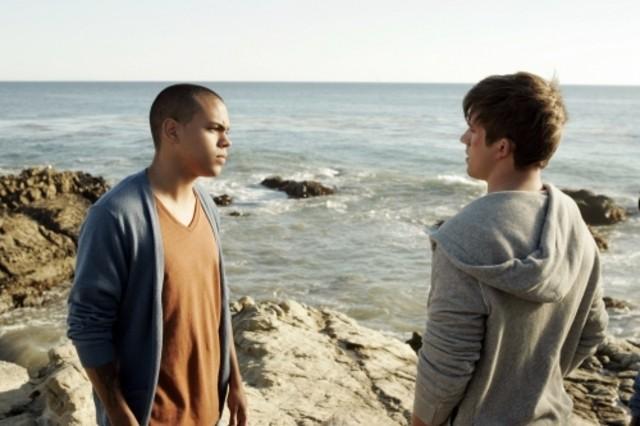 Evan Ross e Matt Lanter nell'episodio Liars di 90210
