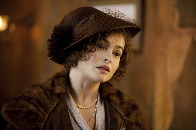 Helena Bonham Carter in una sequenza del film The King's Speech