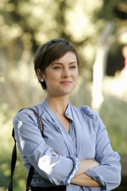 Jessica Stroup nell'episodio It's Getting Hot In Here di 90210