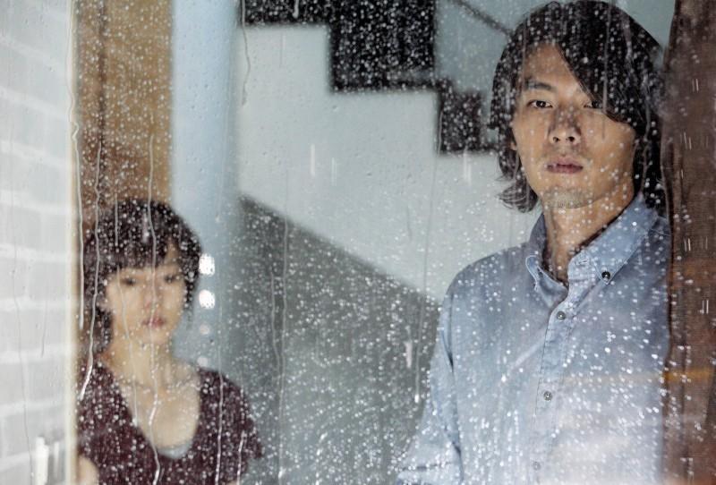 Una bella scena del film coreano Come Rain, Come Shine
