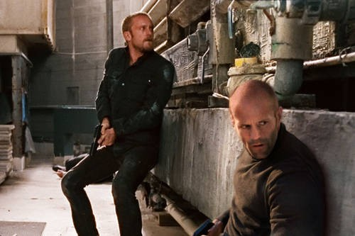 Jason Statham e Ben Foster, protagonisti di The Mechanic