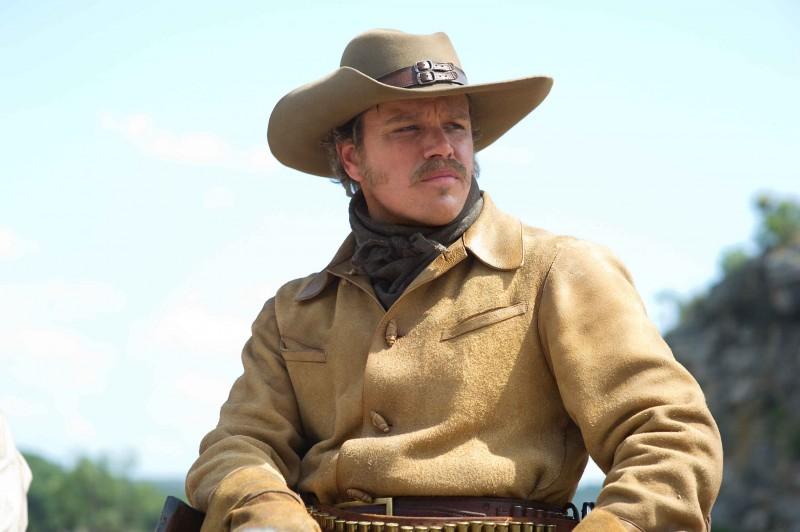 Matt Damon in una sequenza nel western Il Grinta (True Grit, 2010)