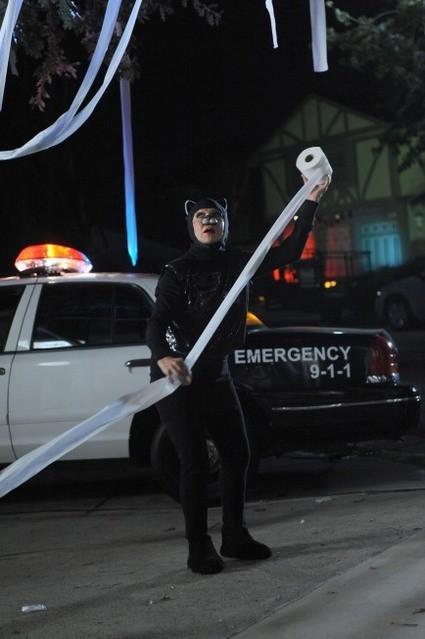 Cloris Leachman nell'episodio Happy Halloween di Raising Hope