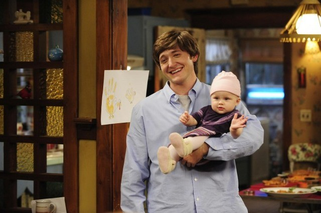 Lucas Neff nell'episodio Meet The Grandparents di Raising Hope