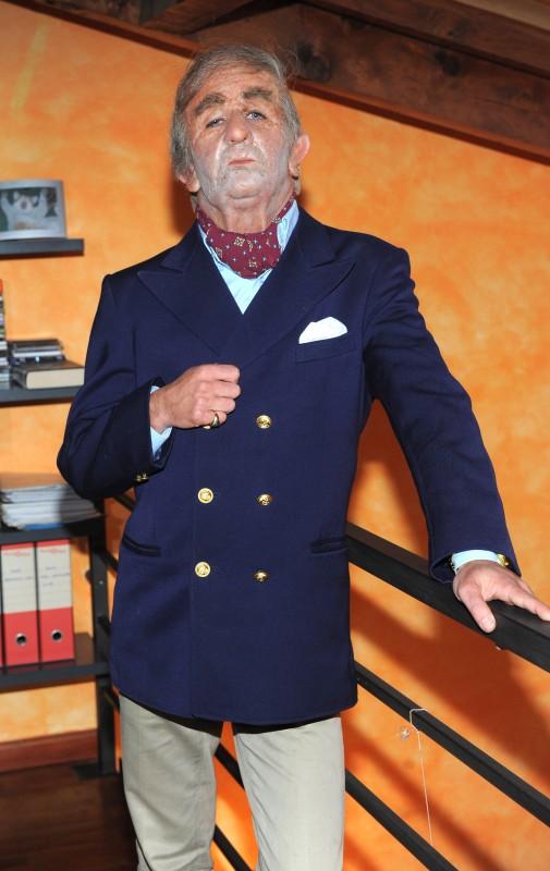 Francesco Mandelli in una foto promo per lo sketch-show I soliti idioti