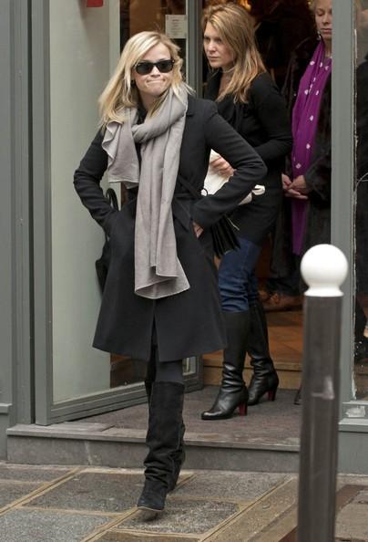Reese Witherspoon durante un po' di shopping nei negozi di belle e boutique