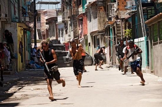 Uno sguardo sulla favela in Tropa de Elite 2 - O Inimigo Agora É Outro