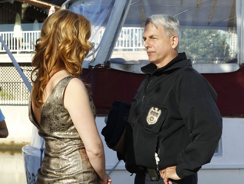 Diane (Abigail Borin) e Gibbs (Mark Harmon) in Ships in the Night di NCIS