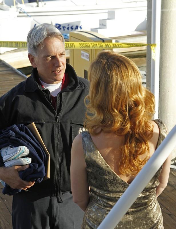 Diane Neal parla con Mark Harmon nell'episodio Ships in the Night di NCIS