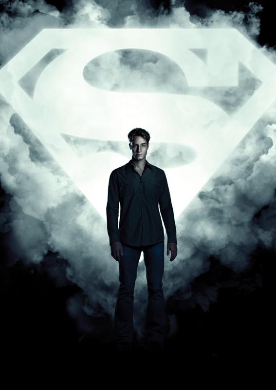 Un'immagine promo di Justin Hartley utilizzata per un character poster di Smallville
