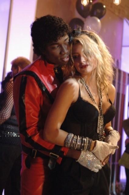 Aly Michalka e Robbie Jones nell'episodio Back of a Car di Hellcats
