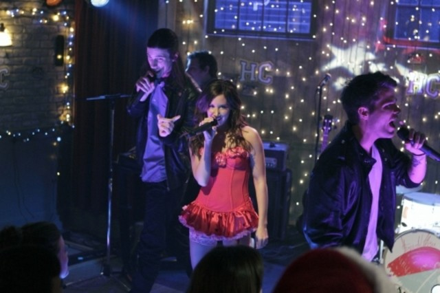 Ashley Tisdale nell'episodio Worried Baby Blues di Hellcats