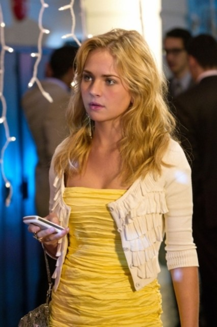 Brittany Robertson nell'episodio Homecoming Crashed di Life UneXpected