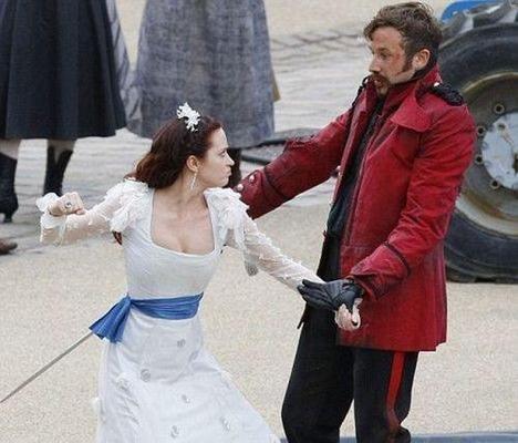 Emily Blunt in una scena del film I fantastici viaggi di Gulliver in 3D