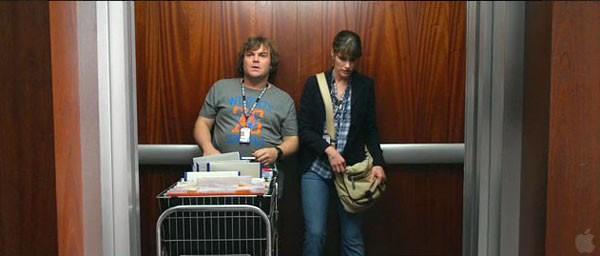 Jack Black con Amanda Peet in una scena de I fantastici viaggi di Gulliver in 3D