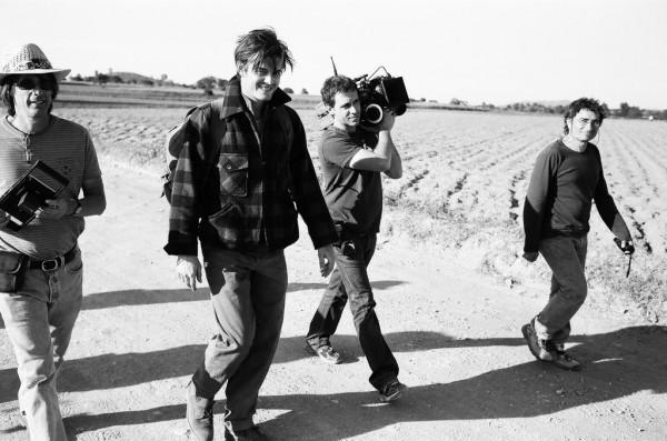 Sam Riley e la troupe sul set di On the Road