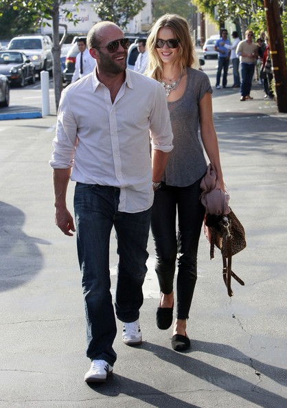 Jason Statham e la fidanzata Rosie Huntington-Whiteley a West Hollywood
