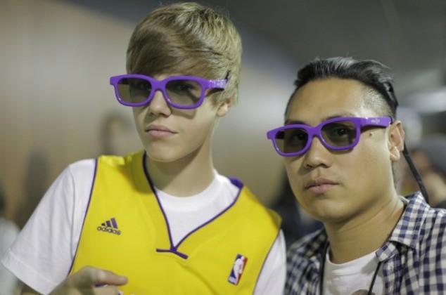 Justin Bieber con il regista Jon Chu sul set di Justin Bieber: Never Say Never