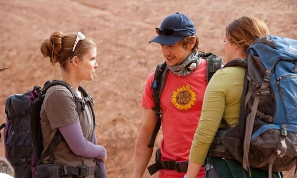 James Franco, Kate Mara ed Amber Tamblyn in una sequenza del film 127 Hours
