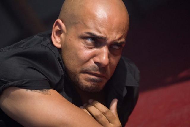 Nathan Constance in una scena della stagione 2 di Misfits