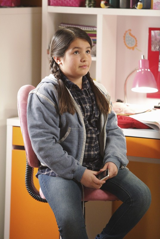 Isabella Rae Thomas interpreta Olivia nell'episodio Safe at Home di Brothers & Sisters