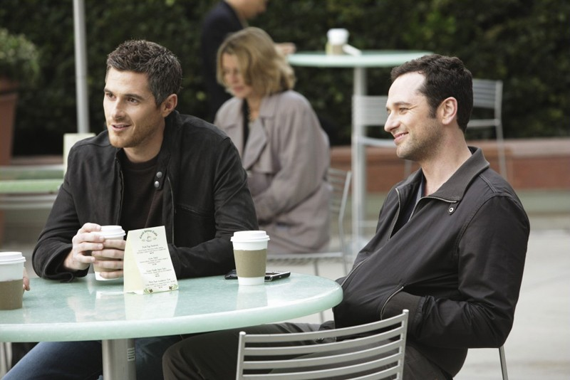Justin (Dave Annable) e Kevin (Matthew Rhys) in Safe at Home di Brothers & Sisters