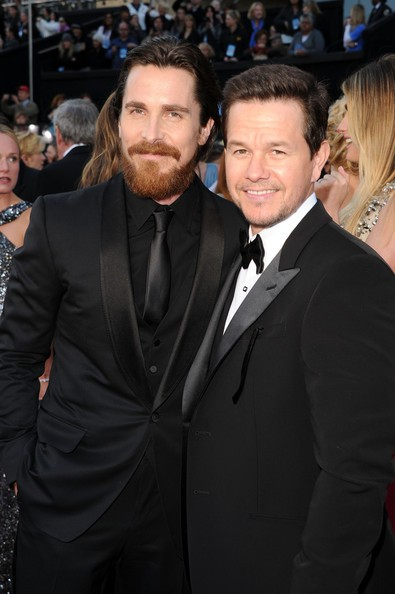 Christian Bale e Mark Wahlberg sul red carpet degli Oscar 2011  per The Fighter