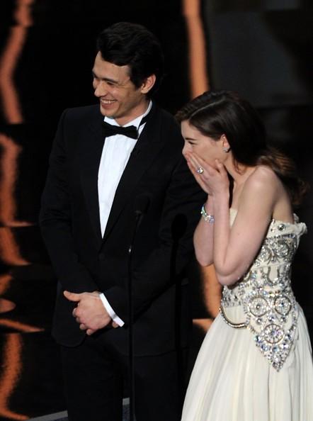 Oscar 2011, i due conduttori, James Franco e Anne Hathaway