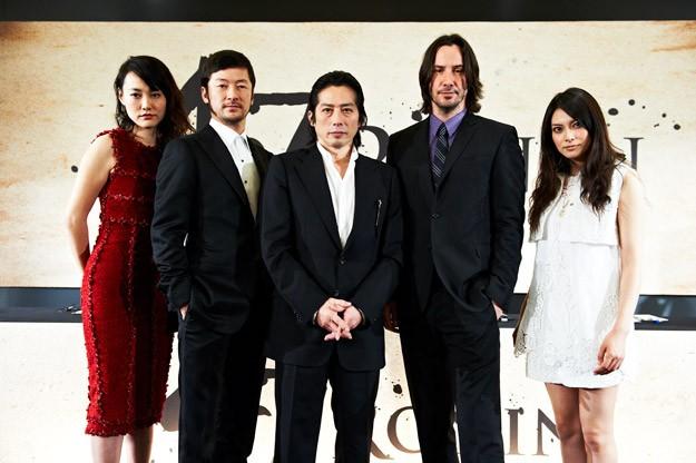 Foto di gruppo per il cast di 47 Ronin