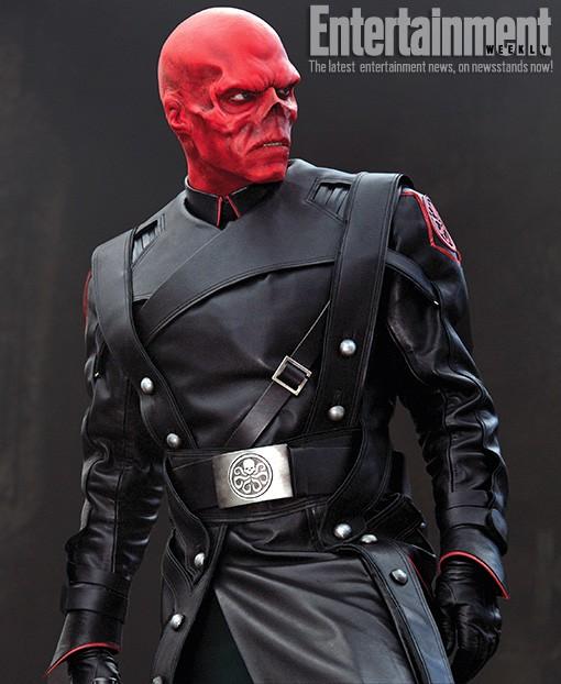 L'inquietante copertina di Entertainment Weekly è dedicata a Red Skull