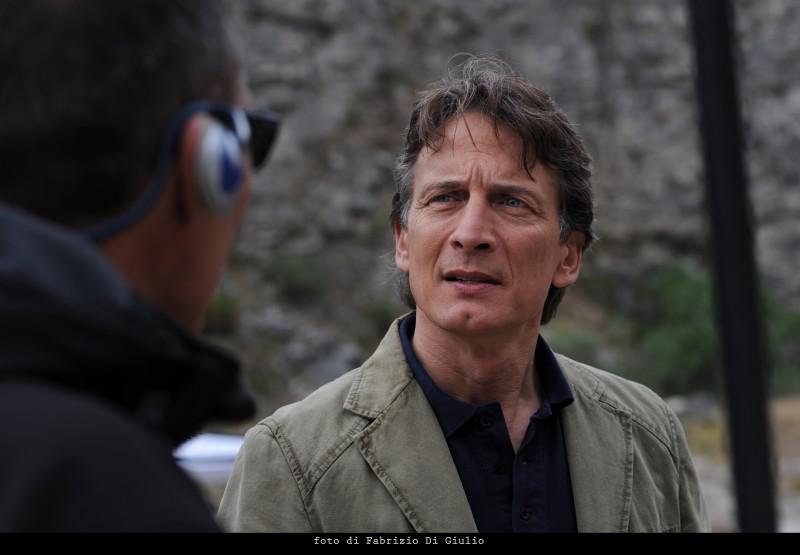 Cesare Bocci nell'episodio La danza del gabbiano de Il commissario Montalbano