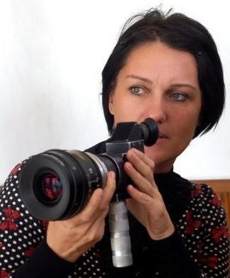 Cinzia Bomoll sul set