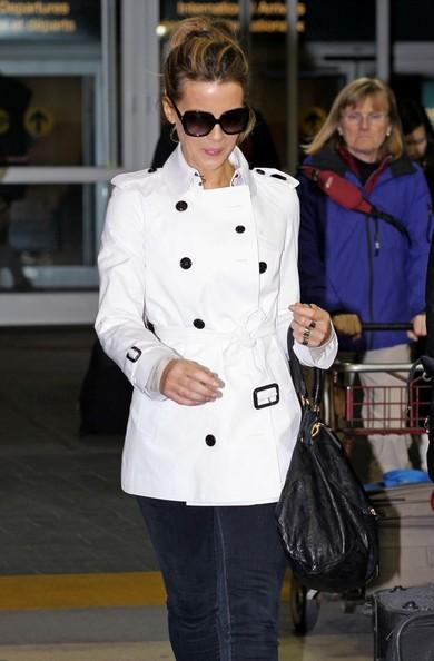 Kate Beckinsale arriva al Vancouver International Airport