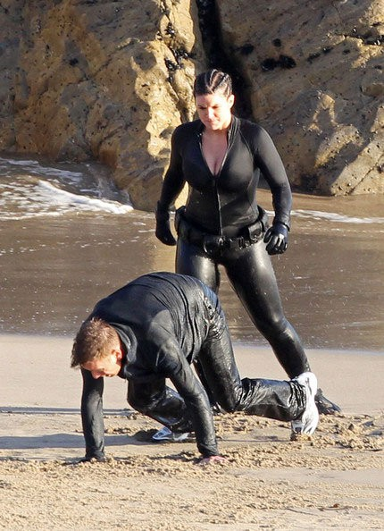 Gina Carano atterra Ewan McGregor in Haywire
