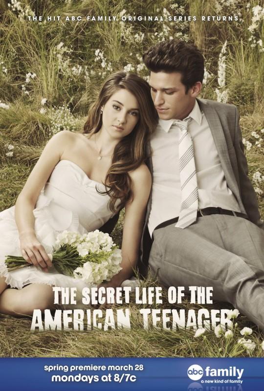 Un nuovo poster per la stagione 3 de La vita segreta di una teenager americana
