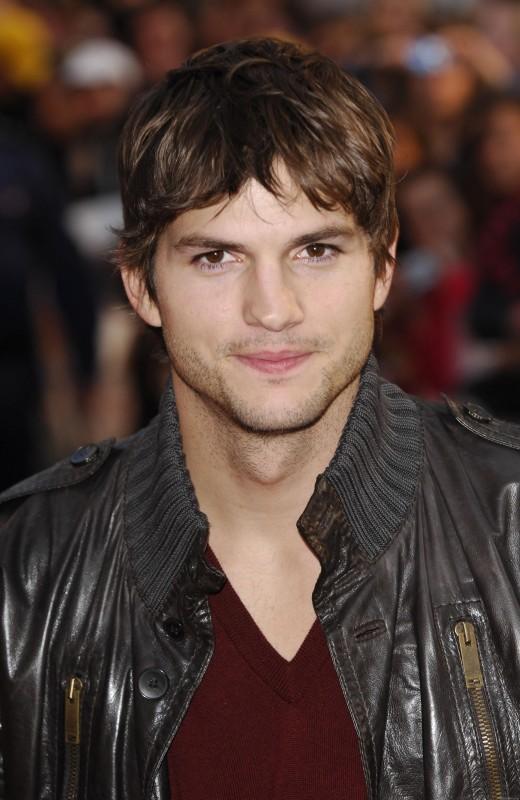 L'attore Ashton Kutcher.