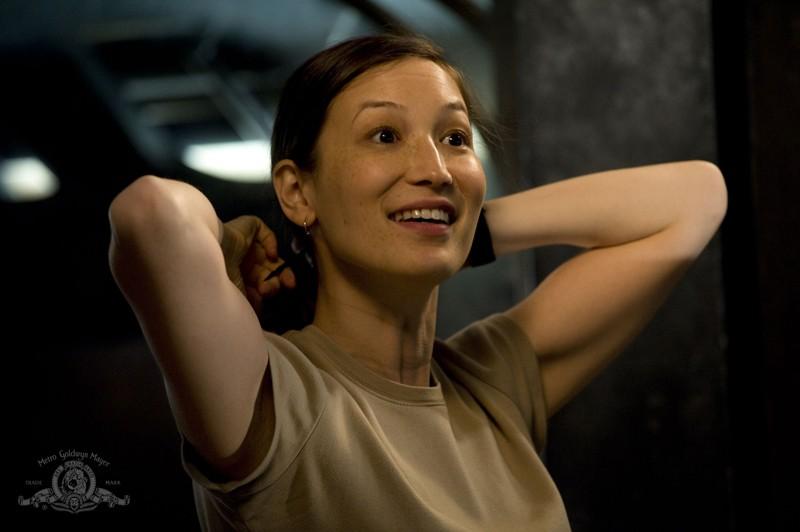 Jennifer Spence in una scena dell'episodio Deliverance di Stargate Universe