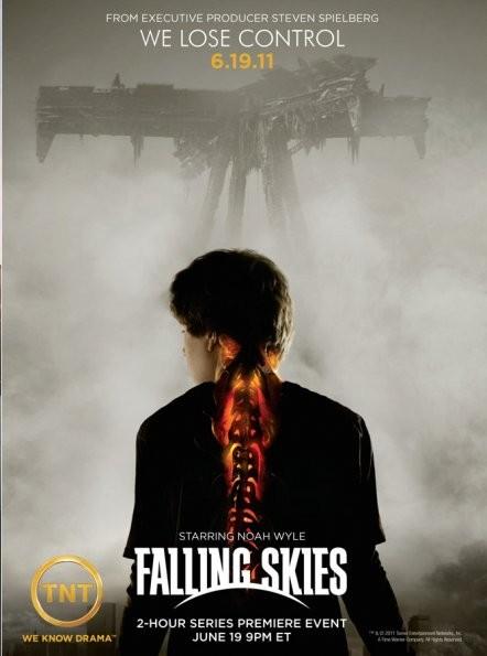 Uno dei poster della nuova serie Falling Skies