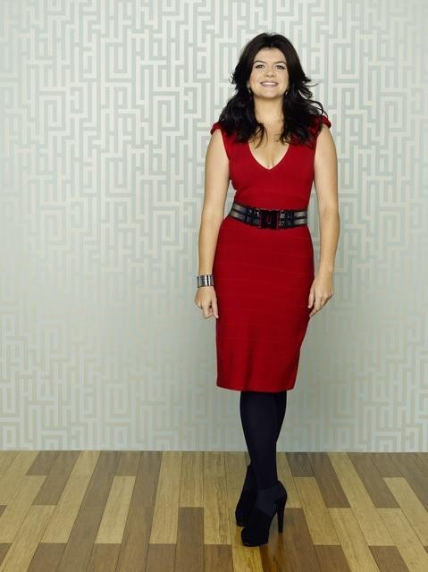 Casey Wilson è Penny nella serie Happy Endings