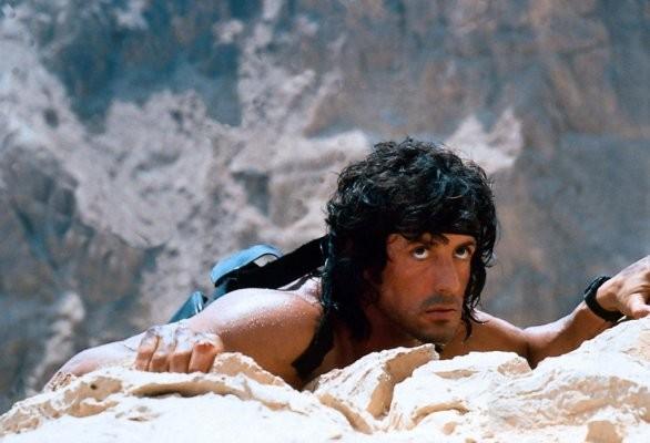 Sylvester Stallone in una scena di Rambo 3