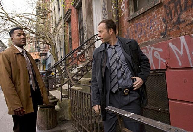 Donnie Wahlberg e Flex Alexander nel pilot di Blue Bloods