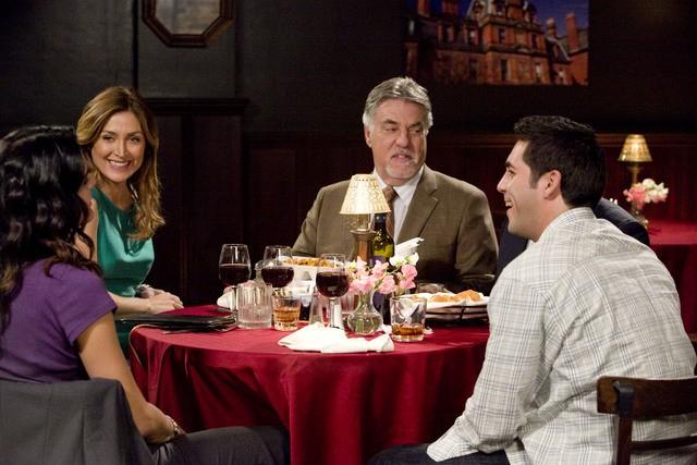 Angie Harmon, Sasha Alexander e Bruce McGill nell'episodio I'm Your Boogie Man di Rizzoli & Isles