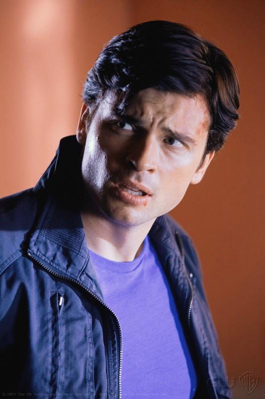 Clark (Tom Welling) in una scena dell'episodio Kent di Smallville