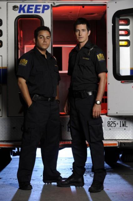 Craig Olejnik e Ennis Esmer in una foto promozionale della serie The Listener