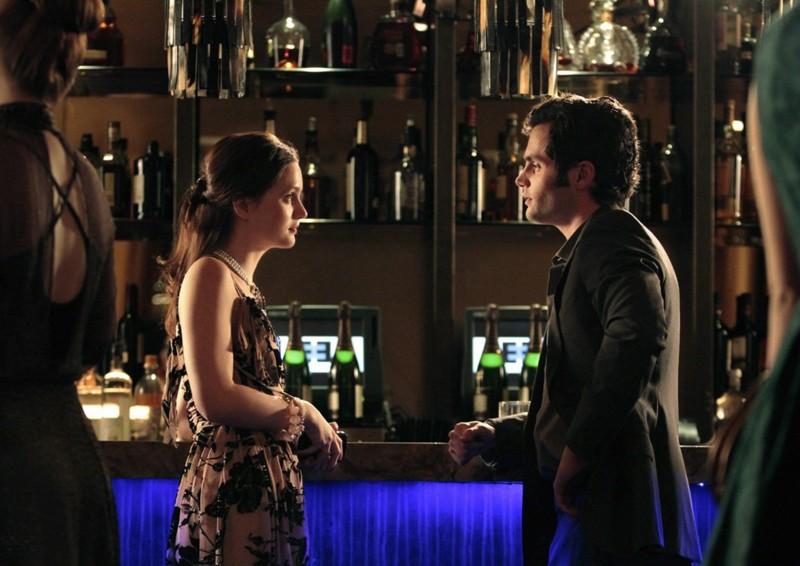 Penn Badgley parla con Leighton Meester nell'episodio Empire Of The Son di Gossip Girl